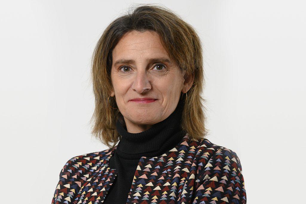 Teresa Ribera y Portugal está al Oeste