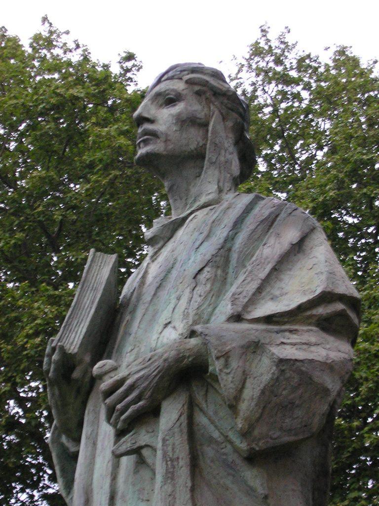 Estatua de Almanzor en Algeciras